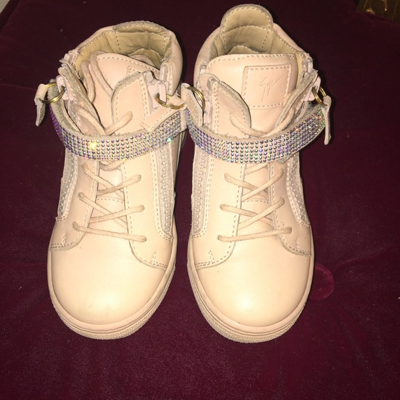 Giuseppe Toddlers Girls Size 8 Sneakers